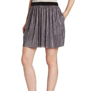 BCBGeneration Skirt w/ hidden pockets -Small- NWT